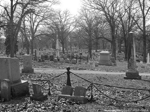 Small_greenwood-cemetery