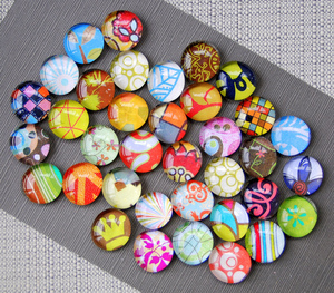Small_glass_magnets