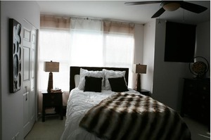Small_master_bedroom__2