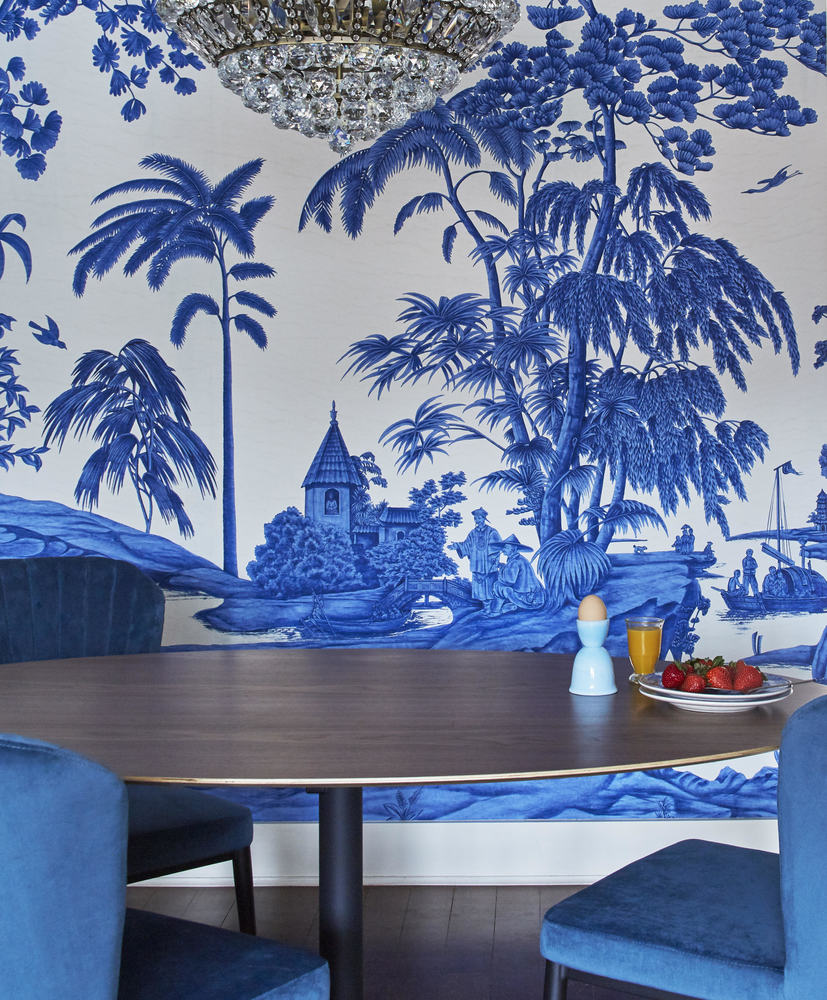 Blue and White Chinoiserie Dining Room!