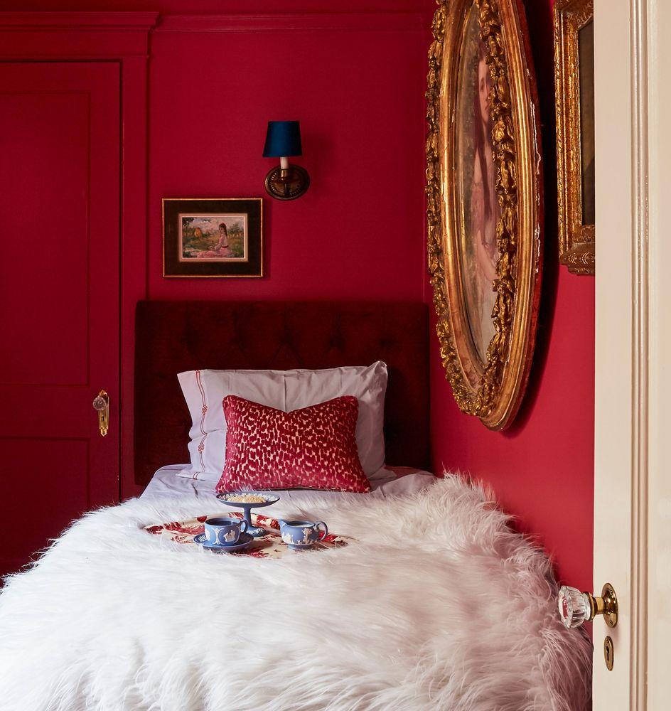 Raspberry Guest Suite