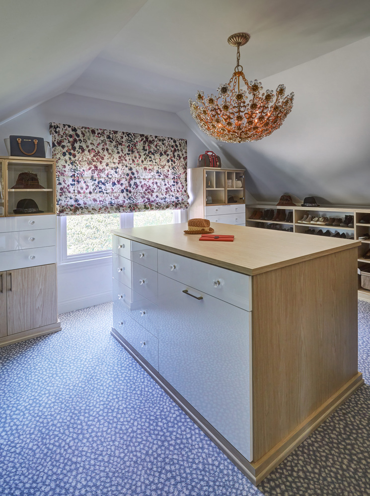 Blush Kitchen + Lovely Walk Closet in Glen Ellyn