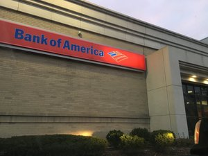 Small_bank_of_america_greenwood
