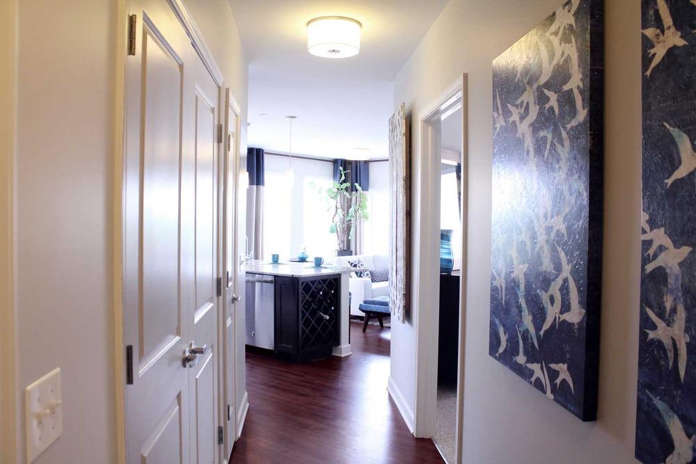 Very_large_hallway