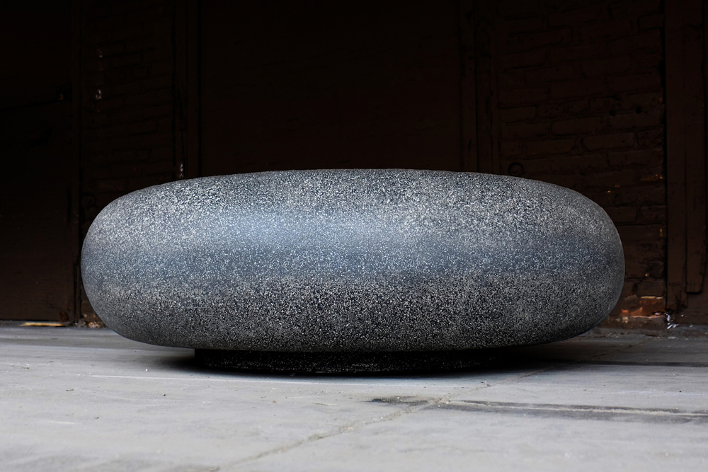 PEBBLE TABLE   COAL